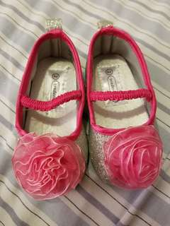 Brand new pink shoes size 2