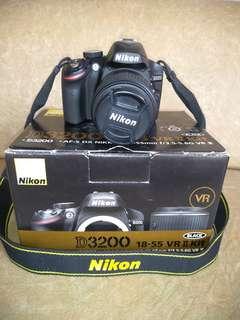 Nikon 3200 DSLR