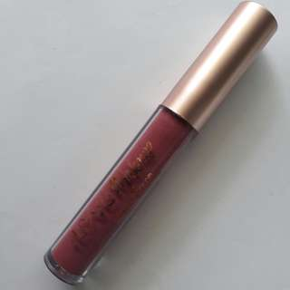 iLoveMakeup Liquid Matte Lip Color