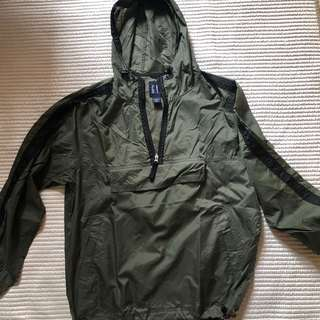 gap windbreaker jacket