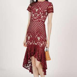 MDS Asymmetric lace dress in red