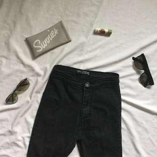 Black Highwaist Jeans