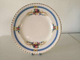 Vintage Old English Johnson Bros Kent cake plate. (1930s design)