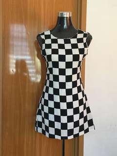 Black&White Chessboard Print Dress