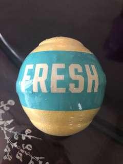 Fresh bath bomb - energizing citron