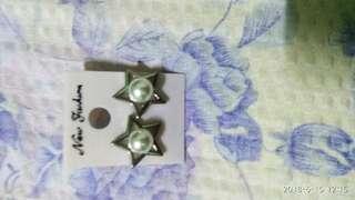 Silver w/ pearl earrings