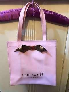 Ted Baker 粉紅袋