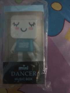 Dancing speaker