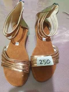 Sandals sa Carcar