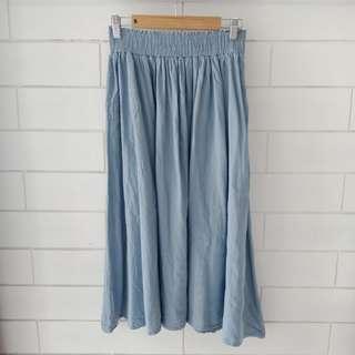 Soft Denim Midi Skirt w pockets