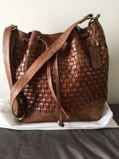 Vedasco Bucket Bag