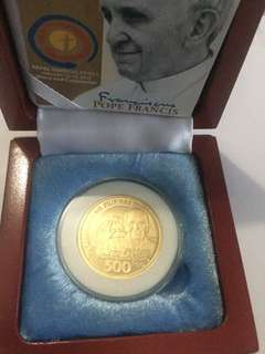 Pope Francis Php500 commemorative coin