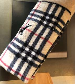 🚚 Burberry 日本製經典圖紋手帕方巾,30/30