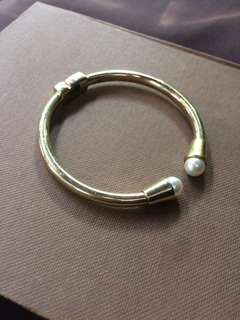 Gold Pearl Bangle