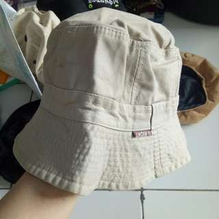 Topi berkebun / hiking / fashion