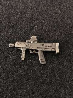 Army Machine Gun Collar Pin Badge