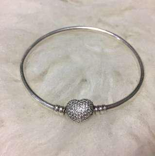 Pandora Heart Clasp Bangle