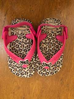 Havaianas slippers pink strap