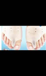 New silicon feet bunion realignment