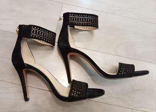 Jessica Simpson black suede sandals 6
