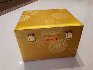 Fengshui Crystal Rooster (Premium Grade)