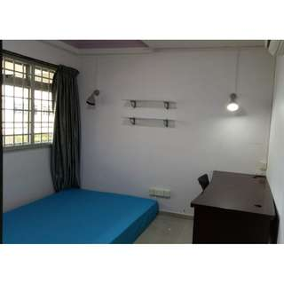Pasir Ris 704 Room for Rent (Male Tenant only, near Airport)
