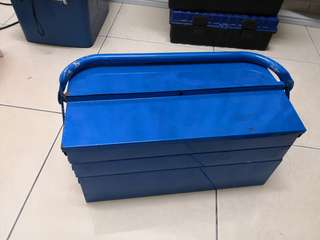 Toolbox with complete set tool