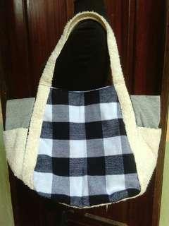 Black/White Tote Bag (Big)