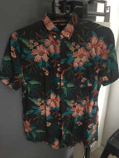 HM Hawaiian Polo