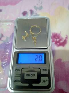 On Hands 18 K Saudi Gold