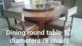8-SEATER ROUND DINING TABLE