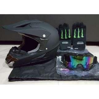 Plain Matte Full Face Helmet - Size L / XL