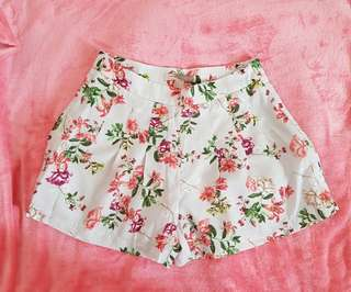 Forever 21 Contempory Floral Satin Pleated Shorts