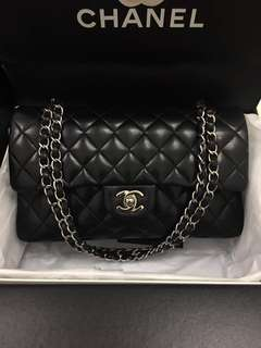 Authentic chanel medium classic double flap