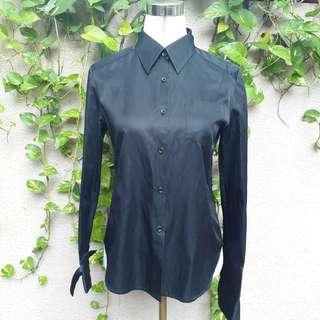 Black long sleevea