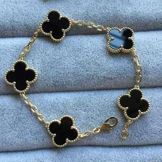 necklace  bracelet earing