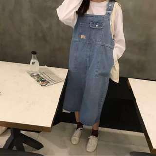 🚚 現貨韓國寬鬆牛仔吊帶裙 淺藍 全新