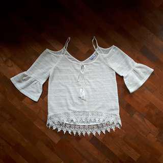 BN Temt Crochet Top