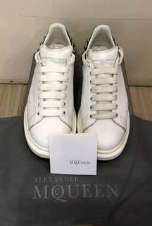 AUTHENTIC ALEXANDER MCQUEEN LEATHER SNEAKERS, SIZE 41E