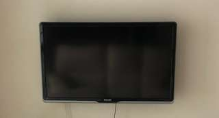 "TV (Philips) 42"" PFL840"
