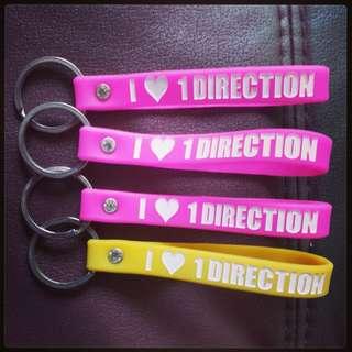 🚚 [INSTOCKS] I Love One Direction Keyring