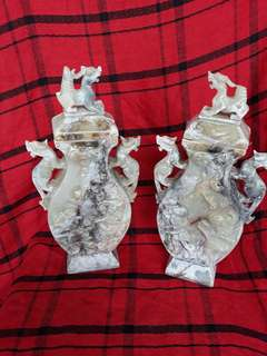 Ancient jade stones carved with dragons one pair 25cm high. 古代刻龍玉石一對。特價150