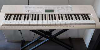 Casio Keyboard LK-247 with X stand