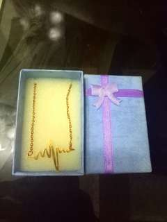 Necklace w/ box