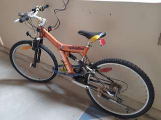 Mountain bike, Super Y 1000 adult size.