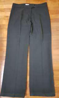 Black long pants from BEGA