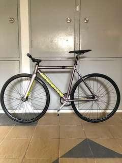 Constantine full bike