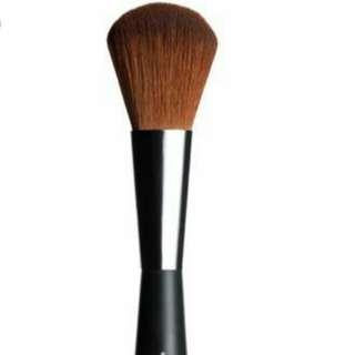Bn The Body Shop Face & Body Brush makeup