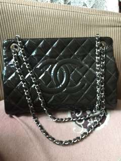 Chanel duck green patent leather two way tote