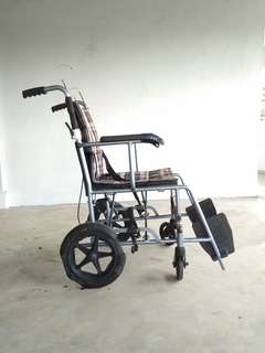 Wheelchair for parts or repair